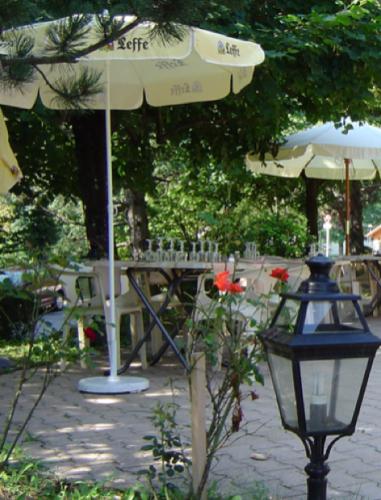 Terrasse restaurant Saint-Vincent de Mercuze
